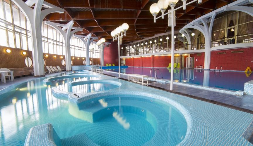 Эко отели подмосковья все включено с бассейнами